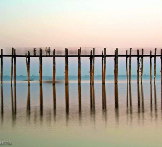 U Bein Bridge in Amarapura, Mandalay region - Picture by Lorenz Berna from the Myanmar Photo Gallery of the travel photography blog Travelphotospirit.com