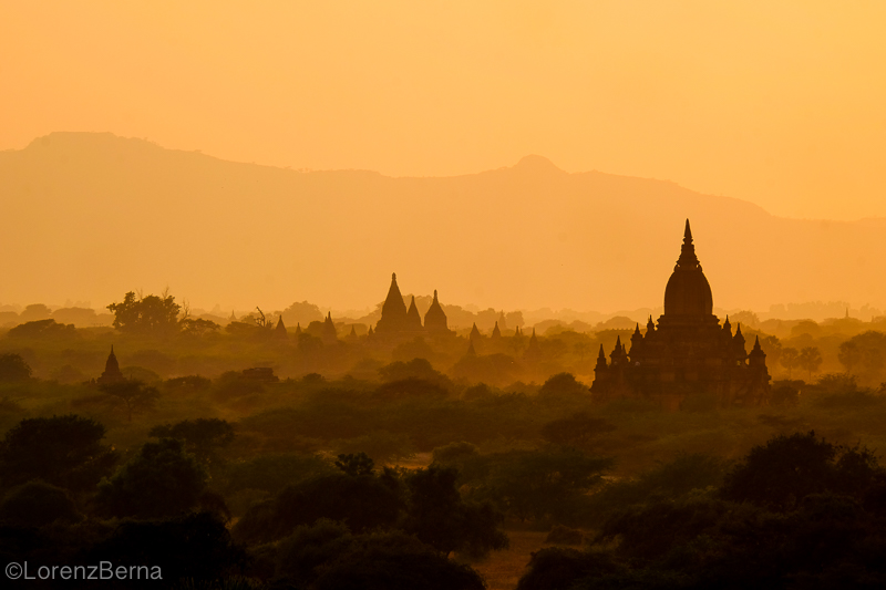 Bagan Temples at sunset - Travel Photography of Myanmar by Lorenz Berna