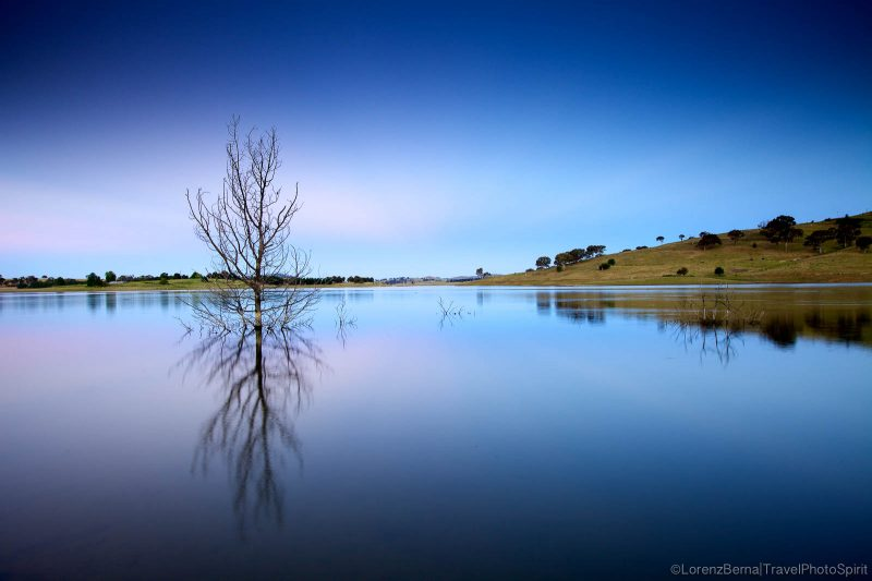 Australia Landscape : Carcoar Dam in New South Wales - Photo by Lorenz Berna