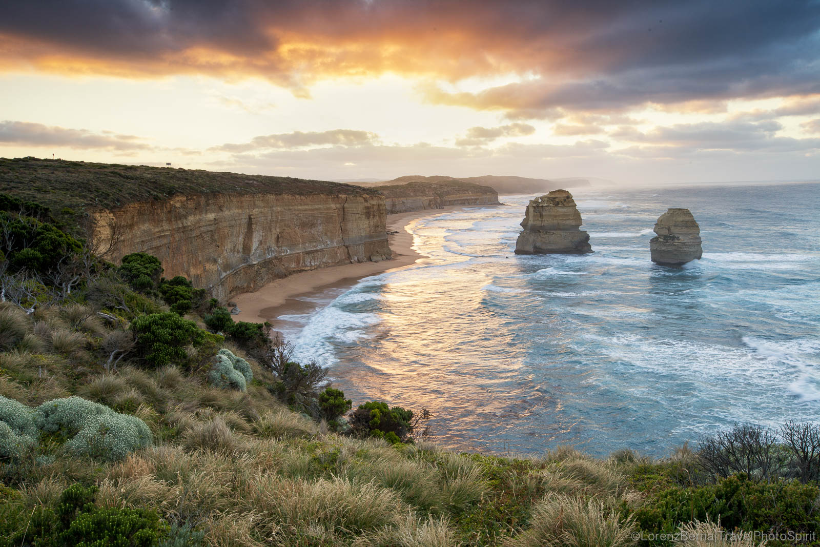 View from the top of the cliffs on the Great Ocean Road, New South Wales