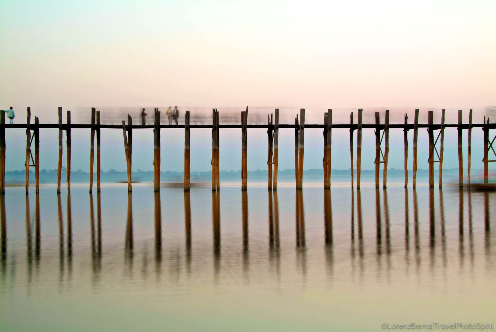 The U Bein Bridge near Mandalay - A Lorenz Berna Photography of Myanmar