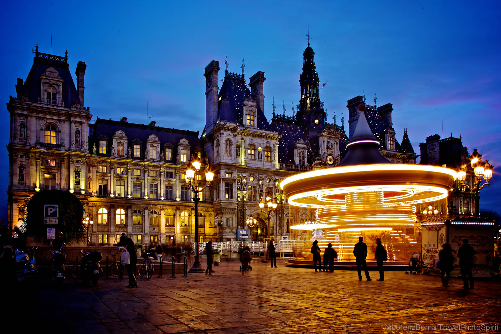 Long exposure of The Paris Hotel de Ville at twilight, France