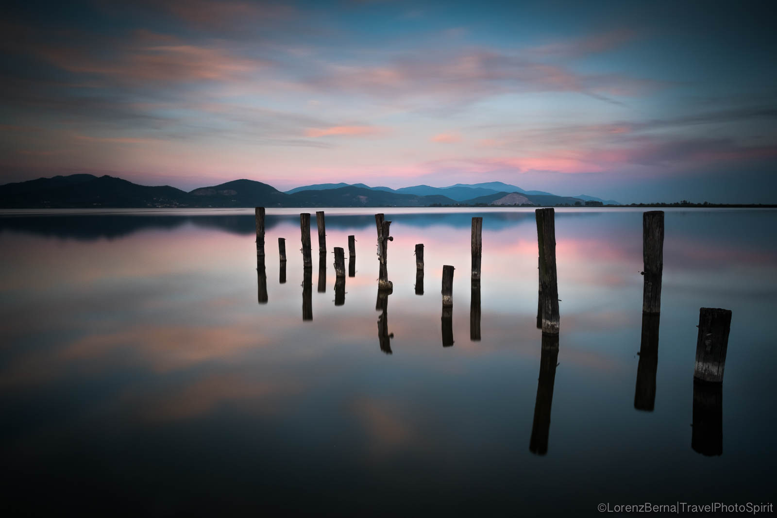 Twilight at Massaciuccoli lake, Tuscany - A Lorenz Berna Photography of Italy