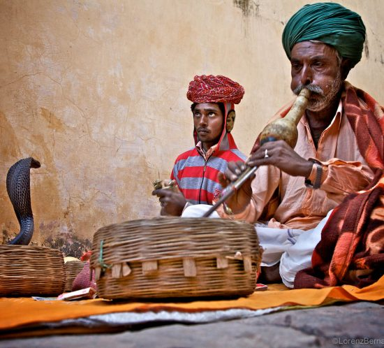 Snake Charmers in Jaipur - travel photography of India by Lorenz Berna