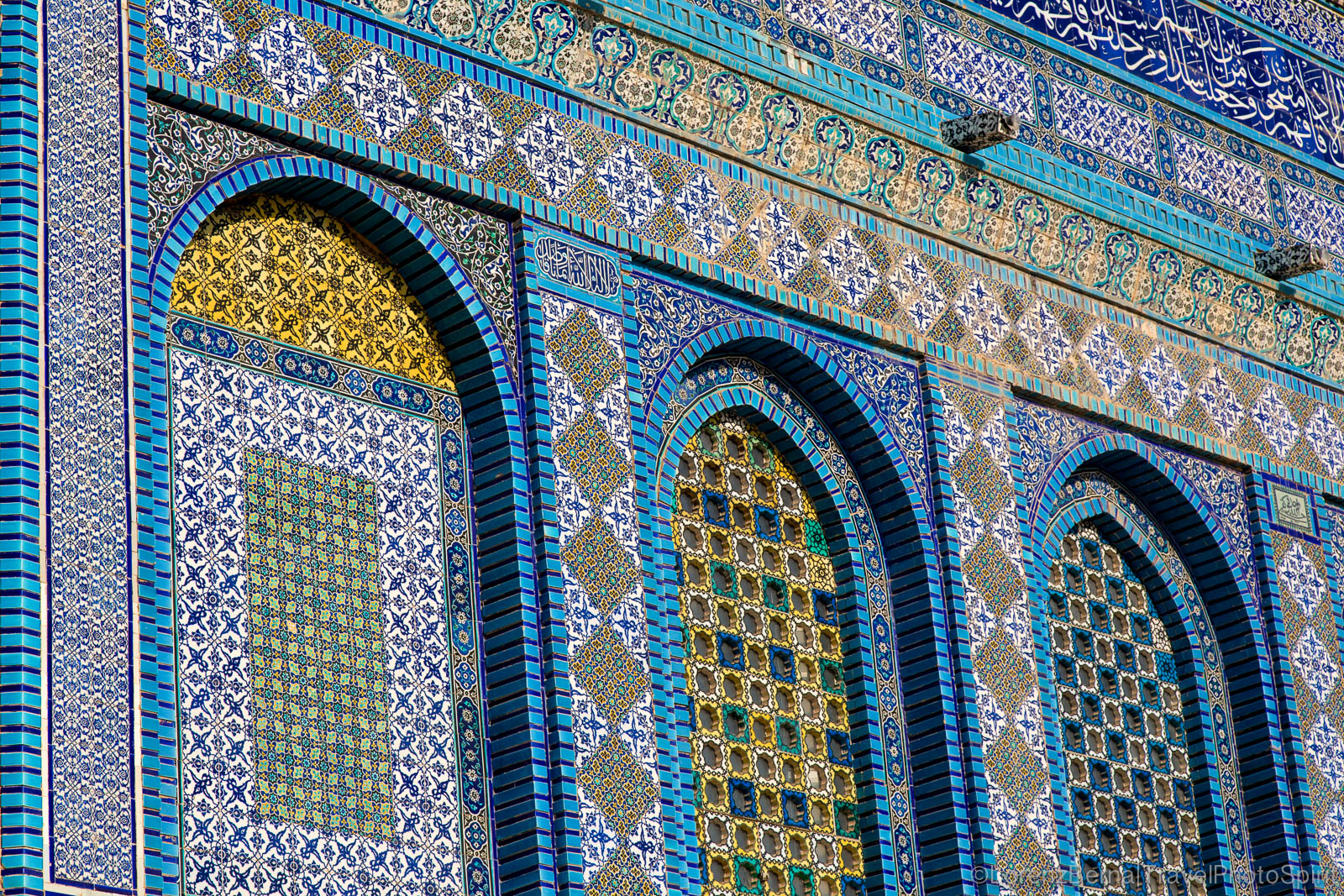 Details on the mosaic walls of the Dome of the Rock Mosque, Jerusalem, Israel.