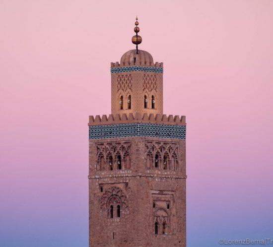 Detail on the minaret of the Koutoubia Mosque of Marrakesh, Morocco at dawn. A Morocco Photography by Lorenz Berna - Morocco photography guide