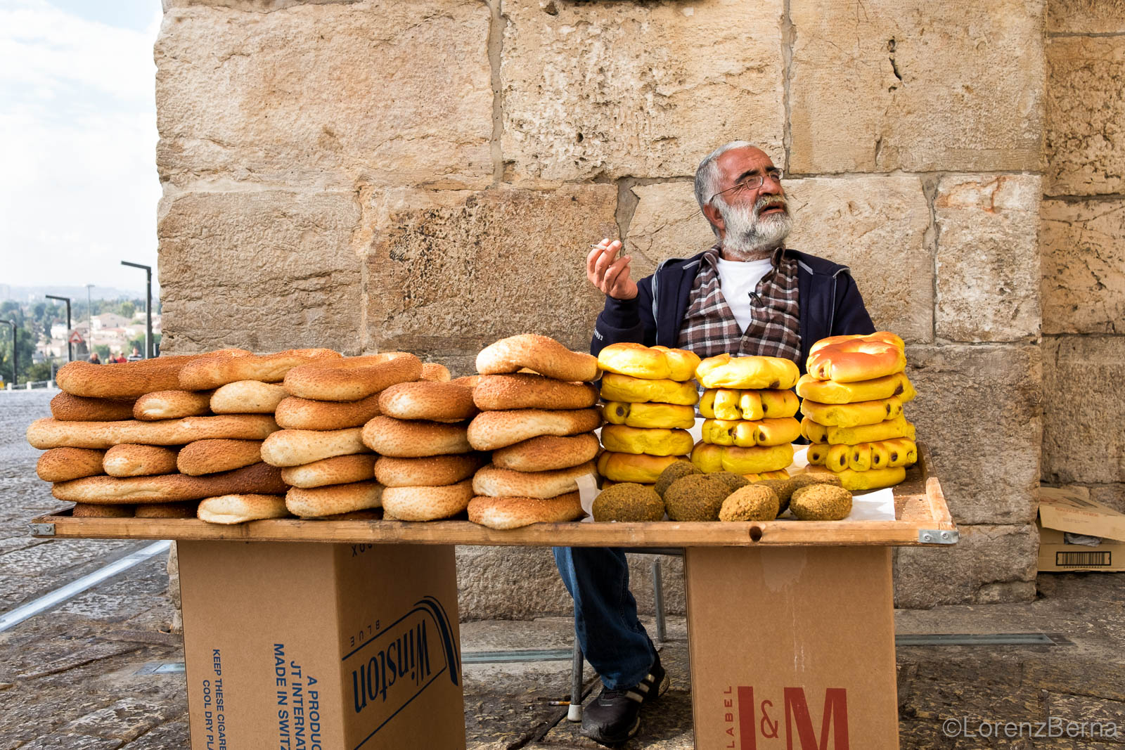 Palestinian street food near Jaffa gate - Jerusalem Street Photography
